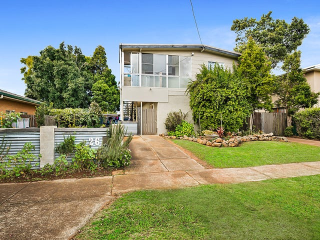 26 Stuart Street, Mount Lofty, Qld 4350