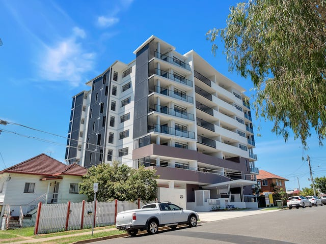 104/9-15 Regina Street, Greenslopes, Qld 4120