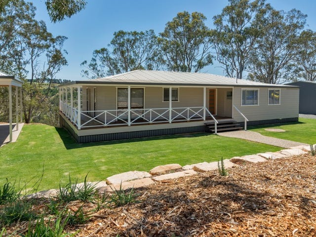 14 Vayro Road, Blue Mountain Heights, Qld 4350