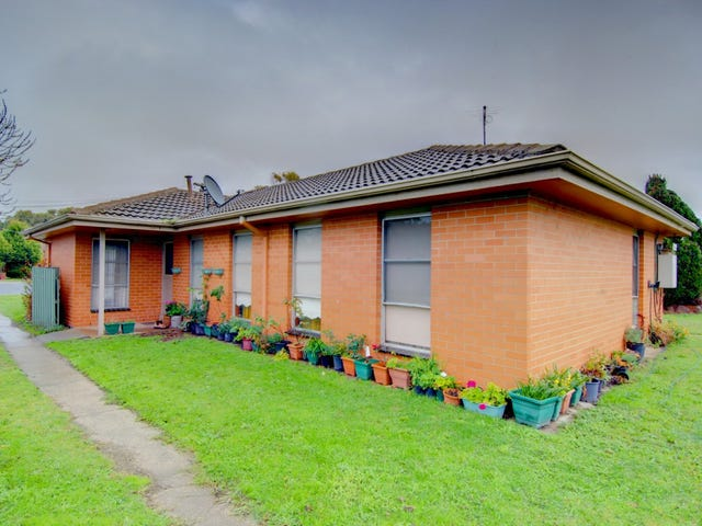 6 Bareena Court, Delacombe, Vic 3356