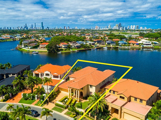 12 Clear Water Bay Ave, Clear Island Waters, Qld 4226