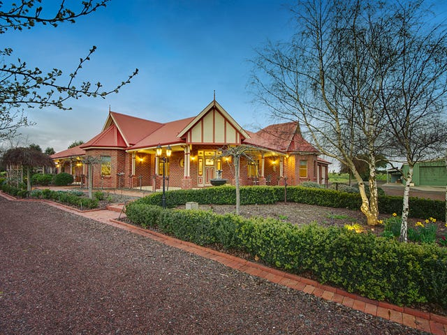 260 Emmersons Road, Lovely Banks, Vic 3213