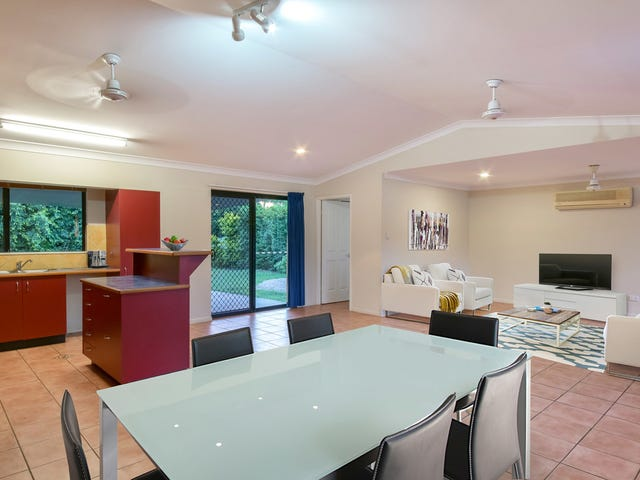 32 Valley Drive, Cannonvale, Qld 4802