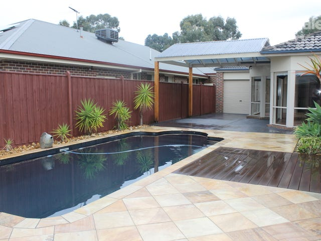 22 Jamieson Way, Berwick, Vic 3806