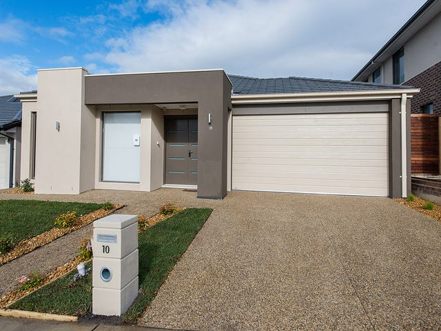 10 Wheelwright  Street, Clyde North, Vic 3978