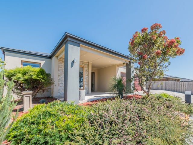 19 ECCLES WAY, Leongatha, Vic 3953