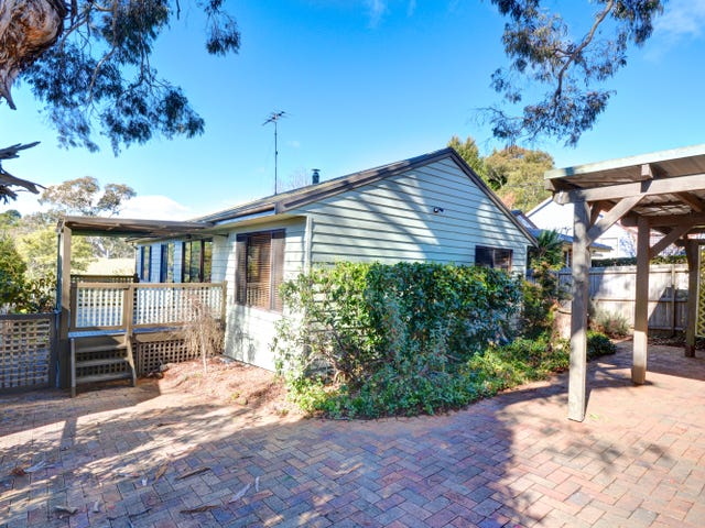 17 Kanimbla Road, Blackheath, NSW 2785