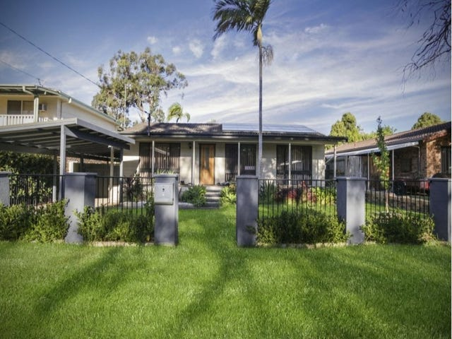 20 Buckingham  Road, Berkeley Vale, NSW 2261