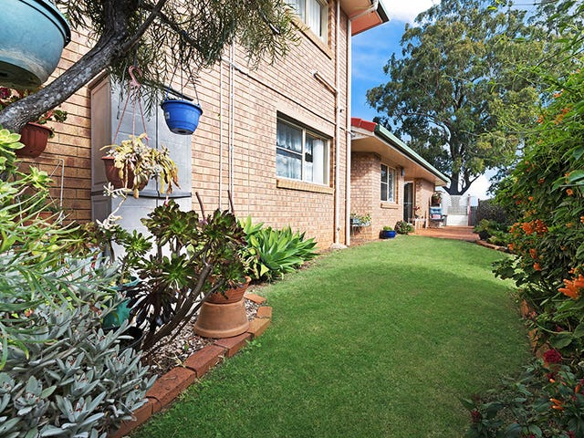 29 Glenfield Court, Middle Ridge, Qld 4350