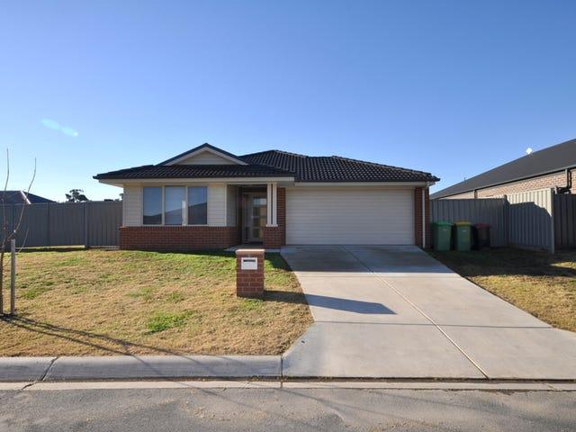 2 Sturt Place, Thurgoona, NSW 2640
