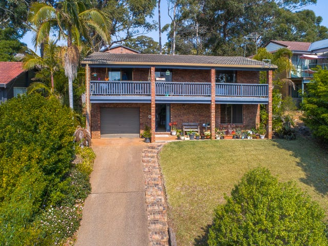 35 Treetops Crescent, Mollymook, NSW 2539