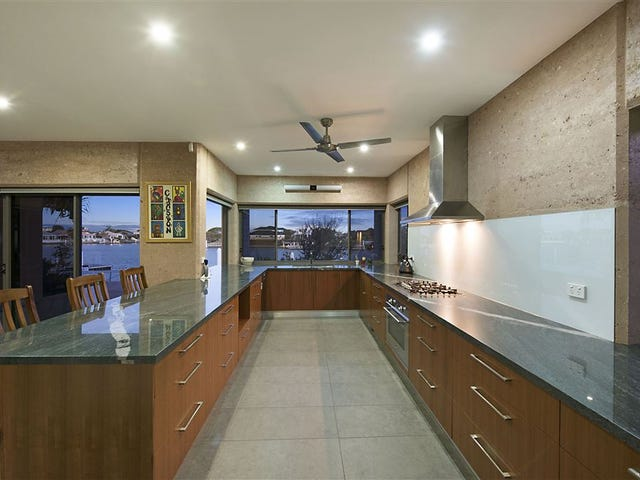 11 Delisser Place, Pelican Waters, Qld 4551