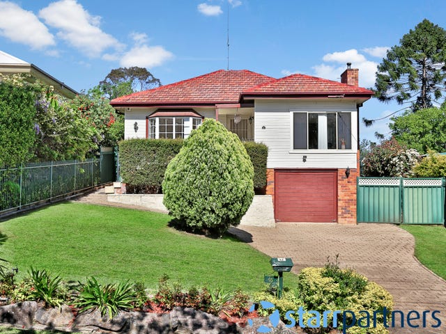 15 Innes St, Campbelltown, NSW 2560