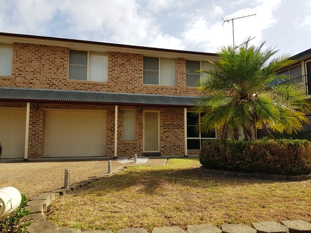 2 Reiby Place, McGraths Hill, NSW 2756