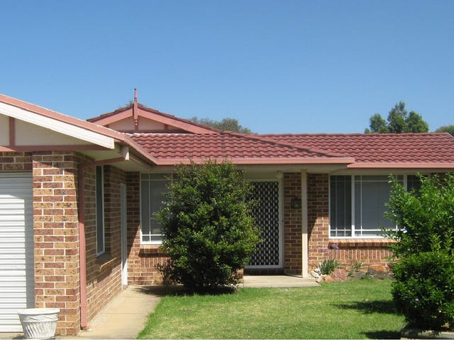 16 Briggs Place, St Helens Park, NSW 2560
