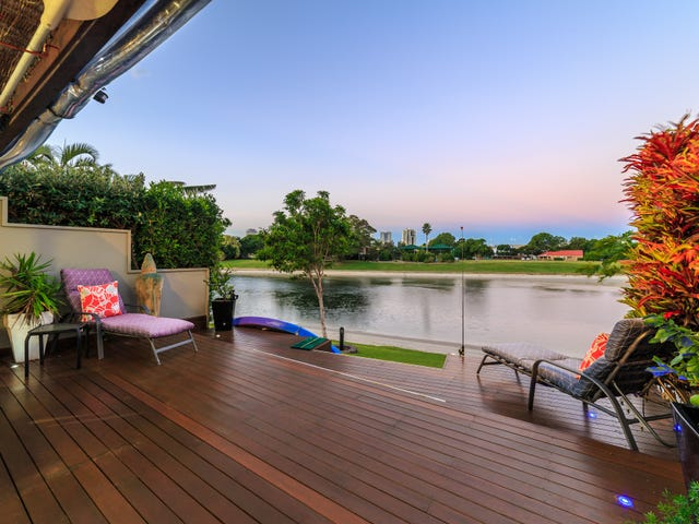 8/52 Hooker Boulevard, Mermaid Waters, Qld 4218