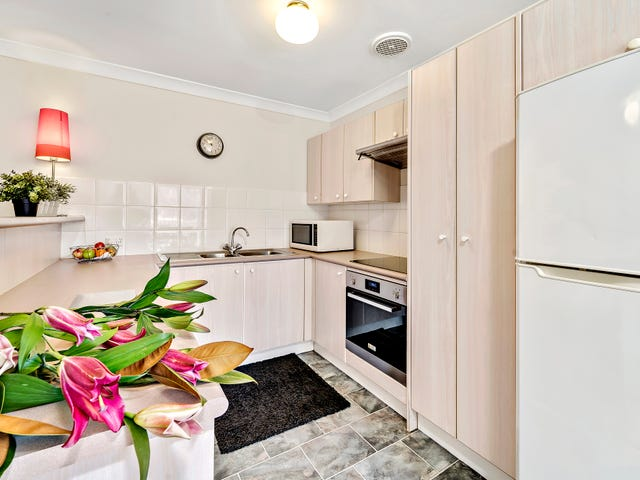 4 Cammeray Court, 12 Albermarle Place, Phillip, ACT 2606