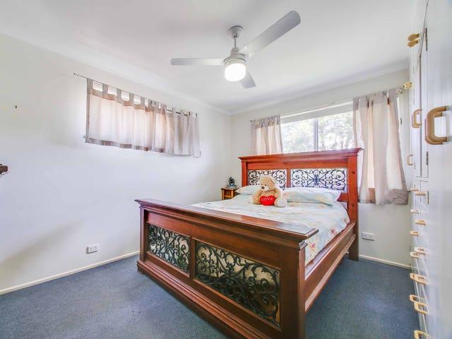 32 Cobbity Crescent, Arana Hills, Qld 4054