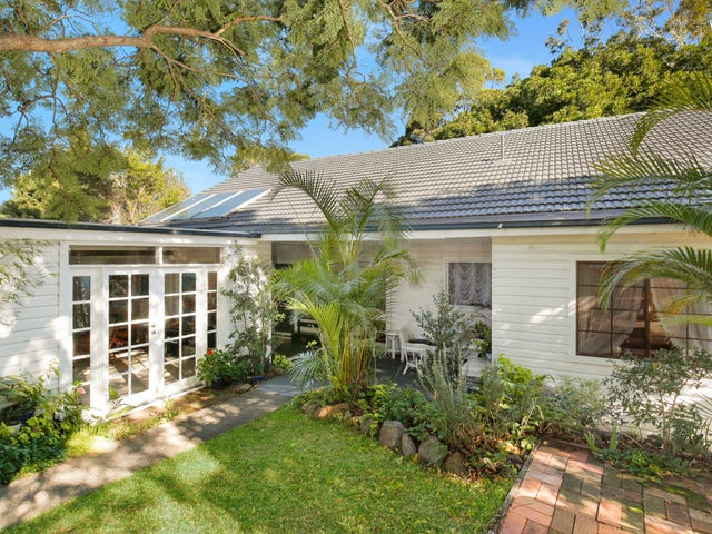 165 Mount Keira Road, Mount Keira, NSW 2500