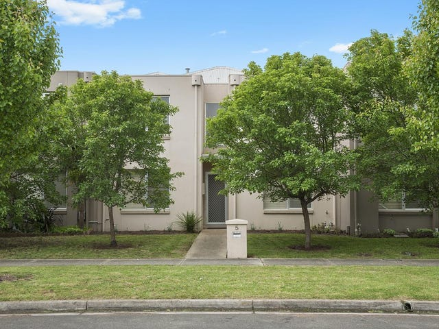 5 Taunton Place, Lake Gardens, Vic 3355