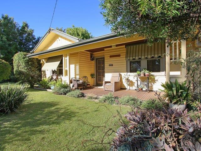 30 Maginness Street, Benalla, Vic 3672
