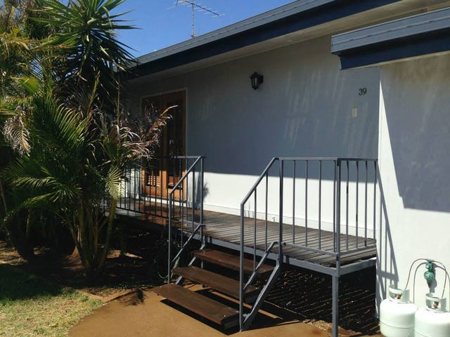 39 Milne-Bay Road, Mount Isa, Qld 4825
