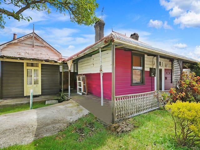 111 Station Street, Blackheath, NSW 2785