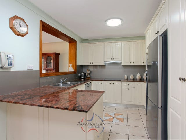 13 Clyde Avenue, St Clair, NSW 2759