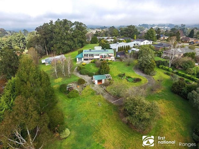 44 & 44a Moores Road, Monbulk, Vic 3793
