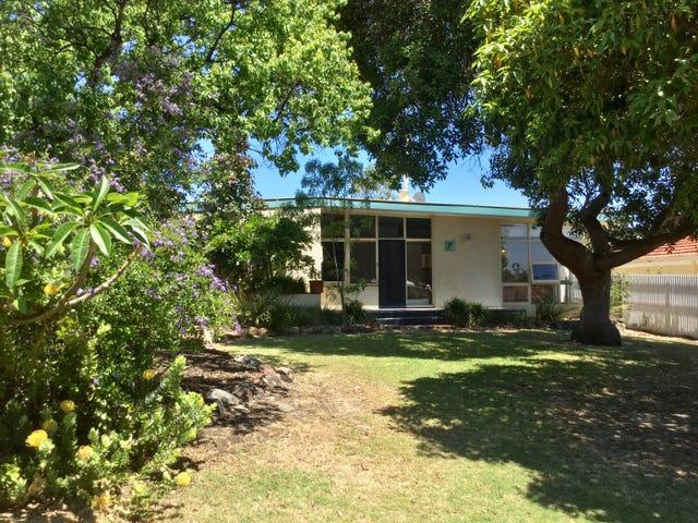 7 Kirkland Place, Melville, WA 6156