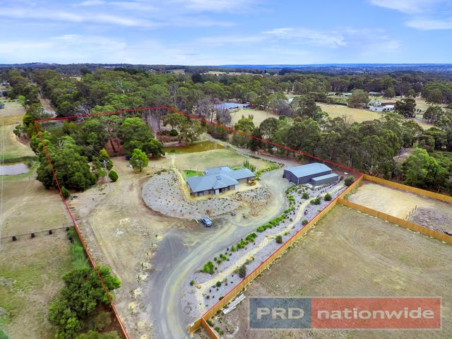 107 Jackson Road, Warrenheip, Vic 3352