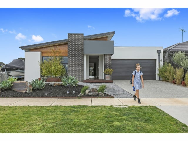 11 Hillside Parade, Torquay, Vic 3228