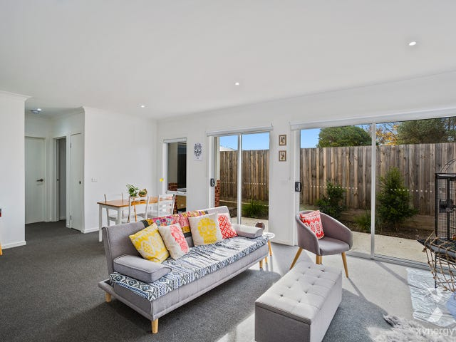 15/5 Oxford Street, Whittington, Vic 3219