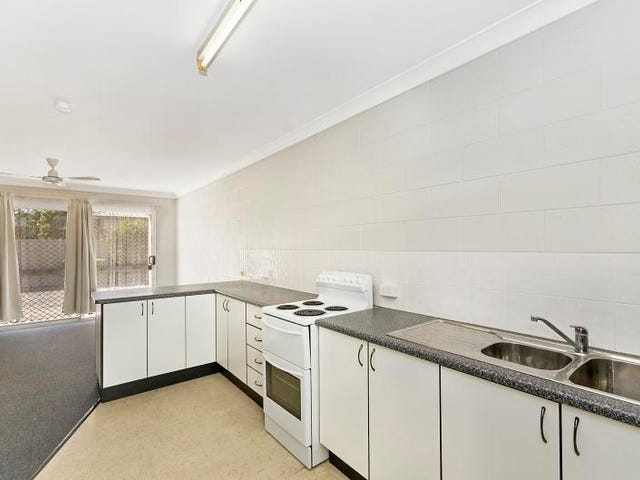 2/69 Dearness street, Garbutt, Qld 4814