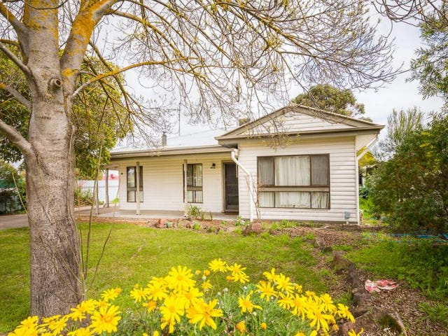 48 Bennett Road, Horsham, Vic 3400