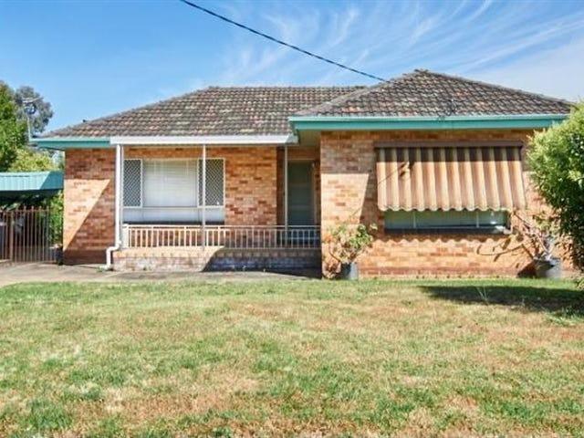 8 Manoora Ave, Mount Austin, NSW 2650