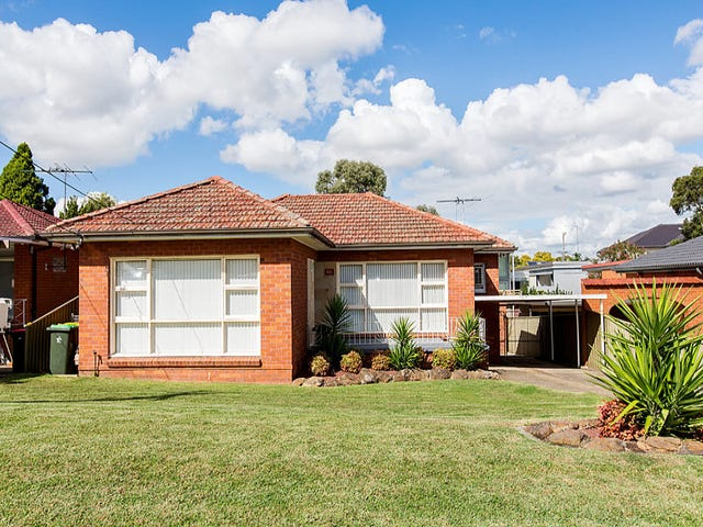65 Caroline Crescent, Georges Hall, NSW 2198