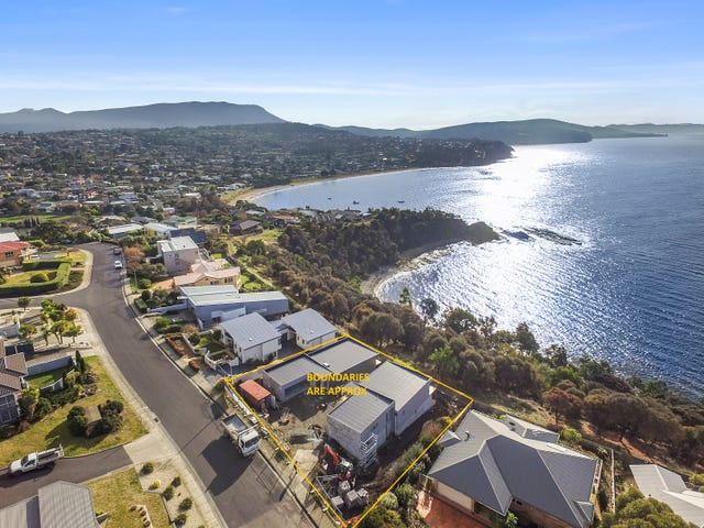 Unit 1 & 2/43 Suncoast Drive, Blackmans Bay, Tas 7052