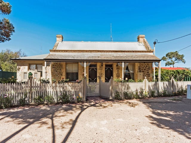31 Bay Road, Moonta Bay, SA 5558