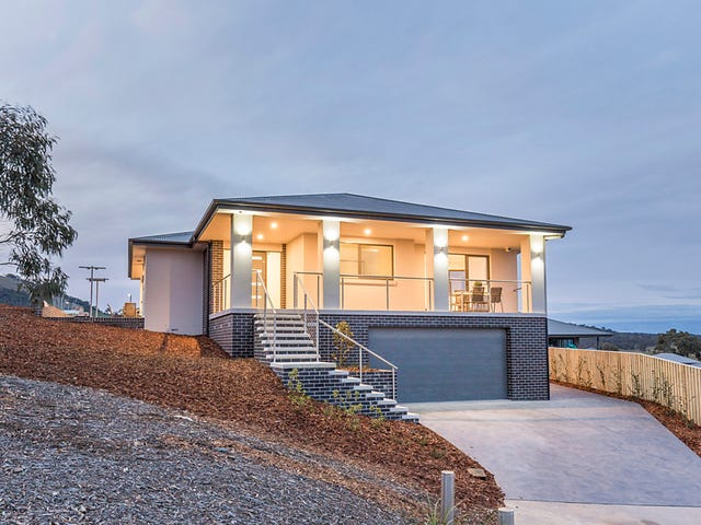 14 Fricker Place, Casey, ACT 2913