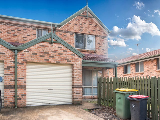 6/21 Ron Scott Circuit, Greenacre, NSW 2190