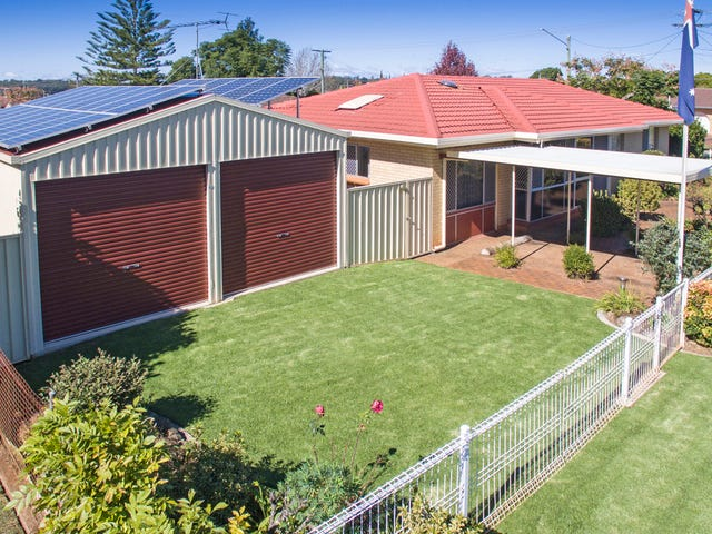18 Robyn Street, Centenary Heights, Qld 4350