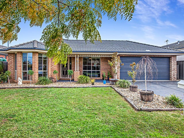 33 Klippel Way, Caroline Springs, Vic 3023