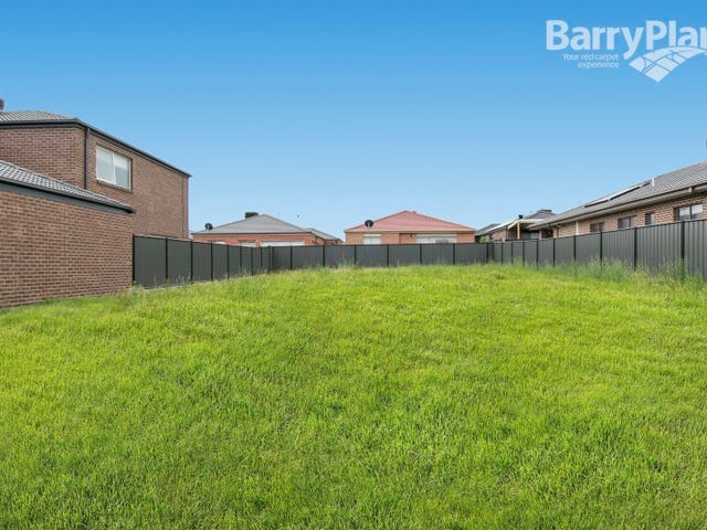 11 Paso Grove, Clyde North, Vic 3978