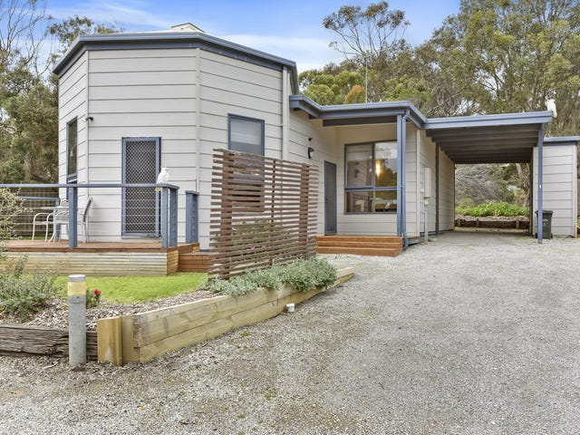 1/2-4  Barton Court, Aireys Inlet, Vic 3231