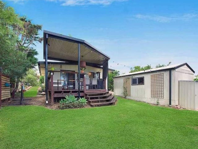 11 Susanne Street, Southport, Qld 4215