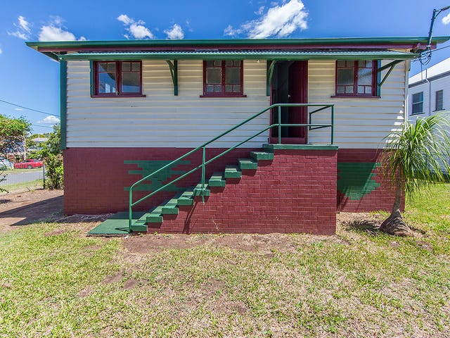 23 Donald Street, Woody Point, Qld 4019