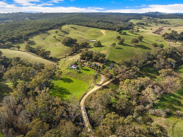 35 Spring Creek Rd,, Taradale, Vic 3447