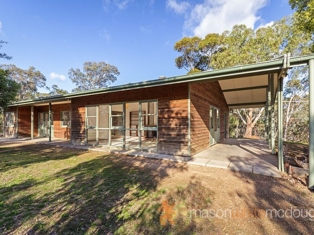 165 Jacksons Road, St Andrews, Vic 3761