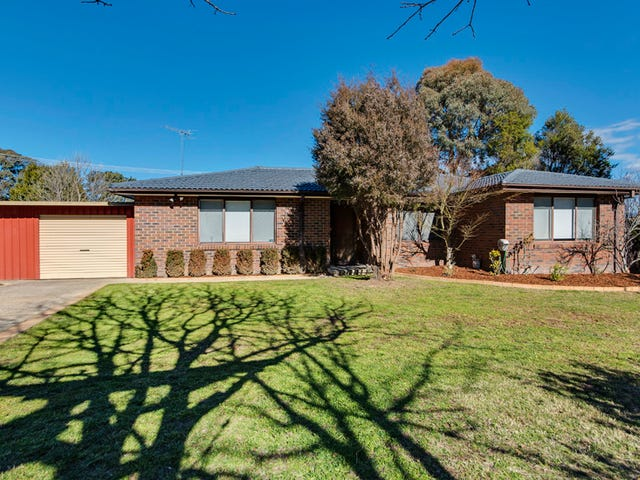 8 Rickard Place, Gowrie, ACT 2904